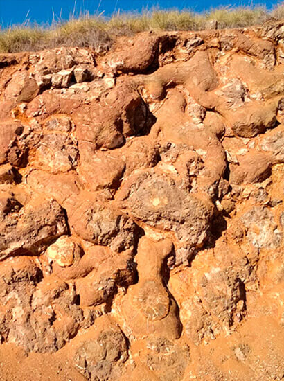 lavas alamedilla 2 - Lavas almohadilladas (pillowlavas) de Alamedilla - Geoparque de Granada