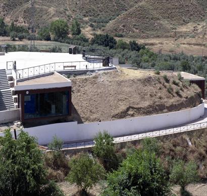 museos centro interpretacion megalitismo.jpg 410x388 - Gorafe Megalithic Park (Gorafe) - Geoparque de Granada