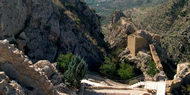 pena castril 800x400 - Cerrada del Río Castril - Geoparque de Granada