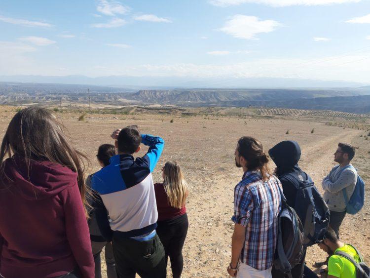 DIA CAMPO 01 2019 03 29 at 19.49.49 750x563 - Educación y participación ambiental en el Geoparque de Granada, un objetivo para todos los públicos. - Geoparque de Granada