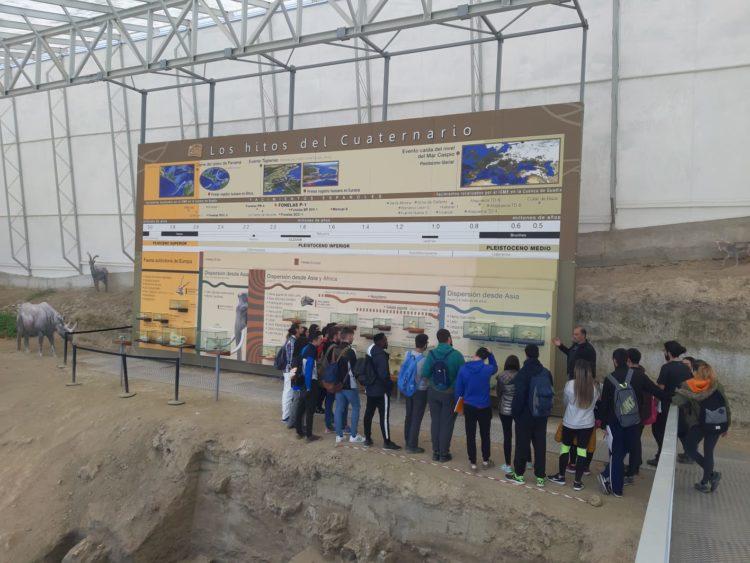 DIA CAMPO 01 2019 03 29 at 19.49.53 750x563 - Educación y participación ambiental en el Geoparque de Granada, un objetivo para todos los públicos. - Geoparque de Granada