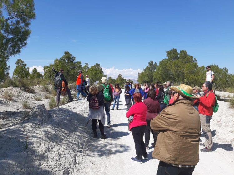 DIA CAMPO 02 2019 03 30 at 14.40.54 750x563 - Educación y participación ambiental en el Geoparque de Granada, un objetivo para todos los públicos. - Geoparque de Granada