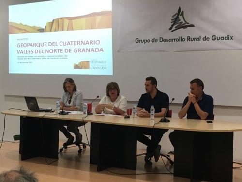 IMG20180621WA0003 - Los municipios involucrados en el proyecto de Geoparque evalúan en Guadix la marcha de la candidatura - Geoparque de Granada