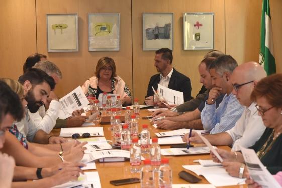 ReunionGeoparque 2 - El órgano gestor del Geoparque propondrá a los municipios implicados en el proyecto la ampliación de su delimitación - Geoparque de Granada