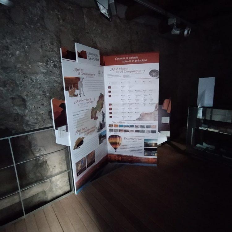 RINCON GEOPARQUE FERREIRA 750x750 - El Geoparque instala espacios de promoción en 36 centros de interpretación y puntos de información turística del territorio - Geoparque de Granada