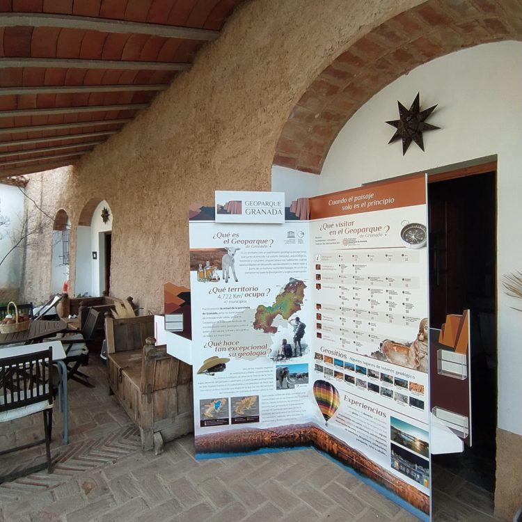 Rincón Geoparque 750x750 - El Geoparque instala espacios de promoción en 36 centros de interpretación y puntos de información turística del territorio - Geoparque de Granada