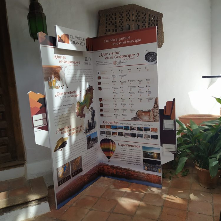 Rincón Geoparque Fundación Visconti 750x750 - El Geoparque instala espacios de promoción en 36 centros de interpretación y puntos de información turística del territorio - Geoparque de Granada